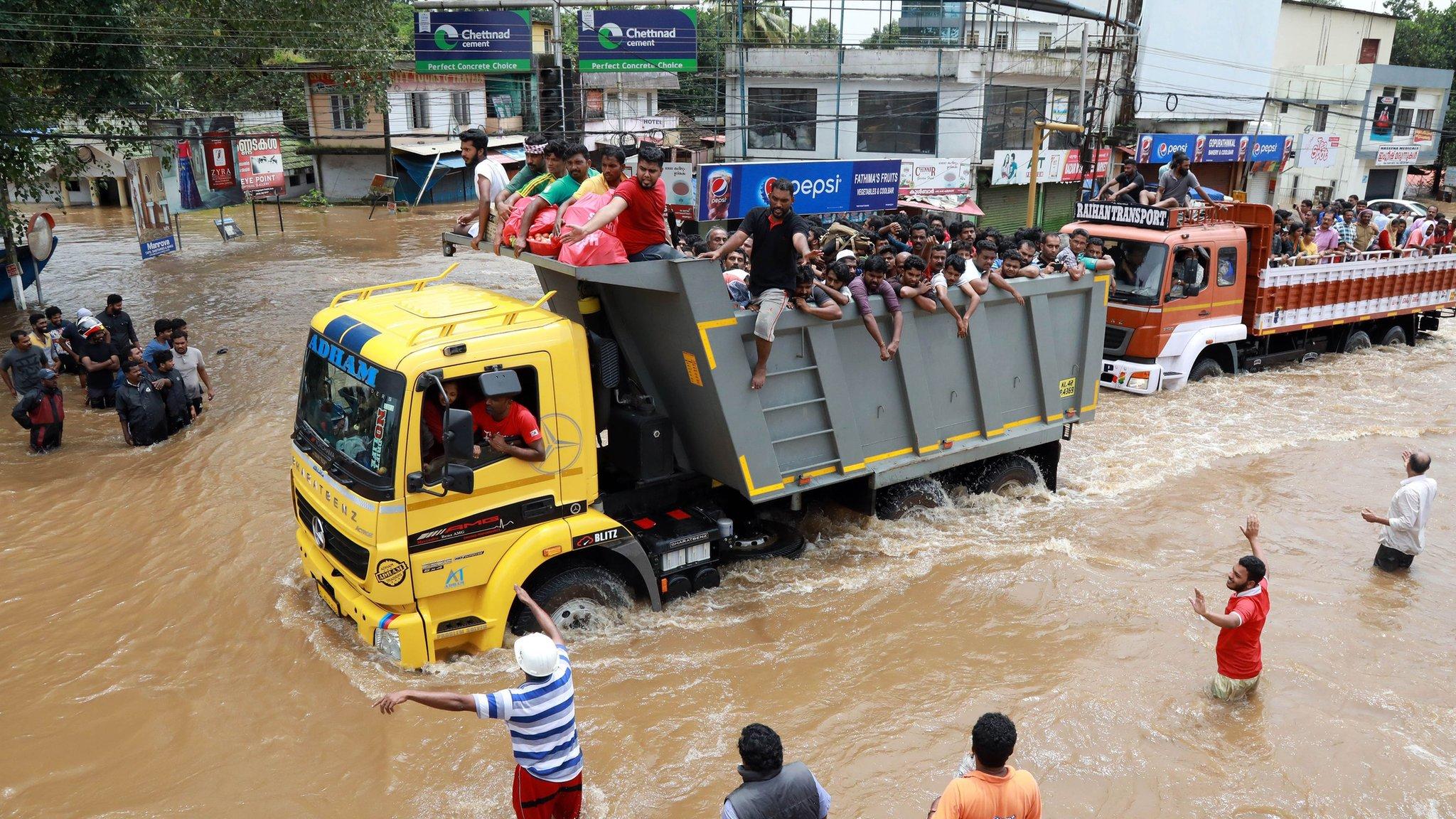 Kerala floods: PM Modi inspects flood rescue effort