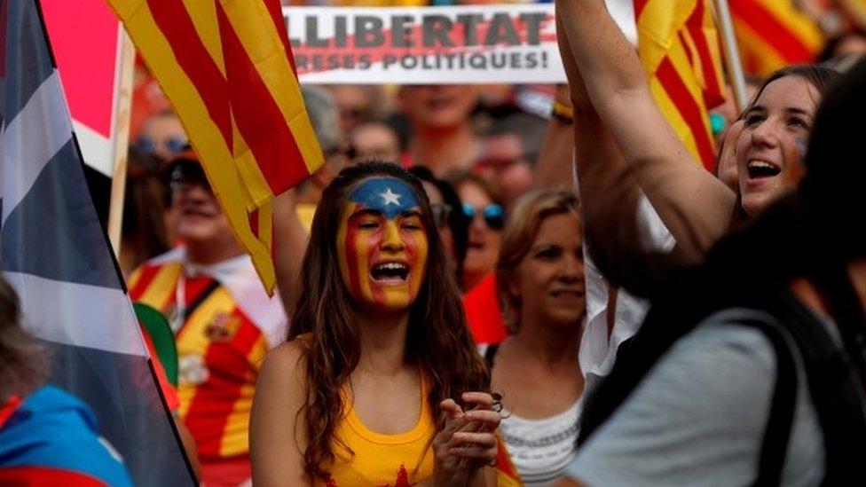 """""""Nacionalni dan"""" Katalonije privukao milion ljudi"""