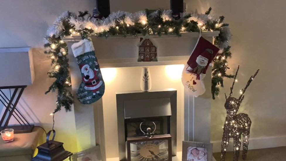 A close up fireplace decorations
