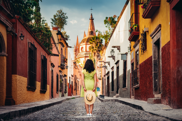 Mujer en las calles de México.