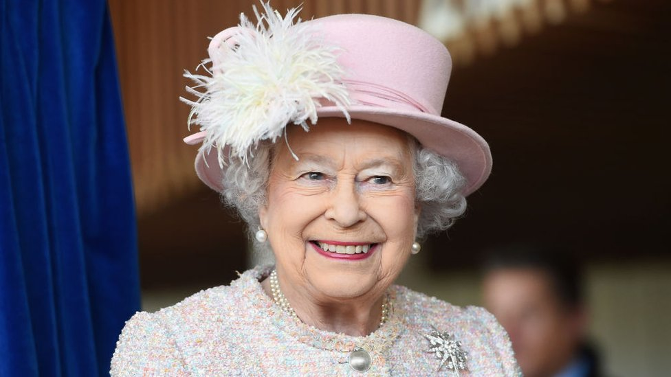 إليزابيث ملكة بريطانيا