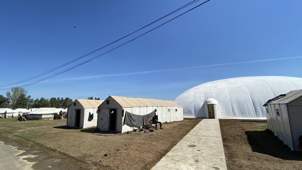 migranti izbeglice kampo u obrenovcu