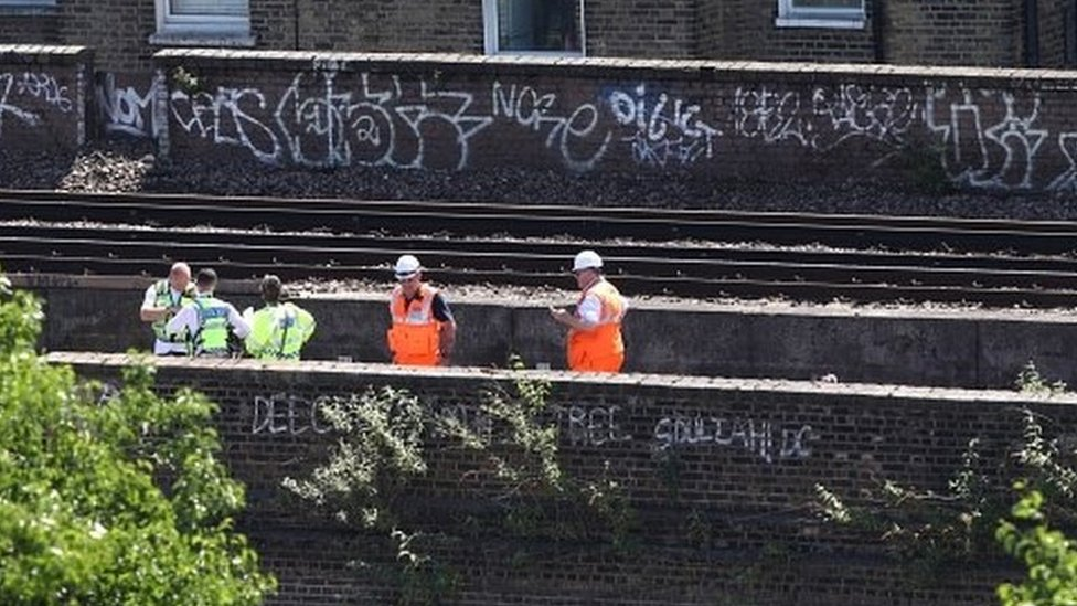Loughborough Junction: Three killed by train in south London