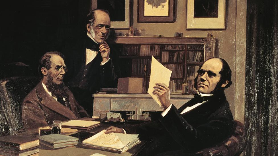 Joseph Hooker, Charles Lyell y Charles Darwin en el escritorio de Darwin en su casa en Kent, Inglaterra