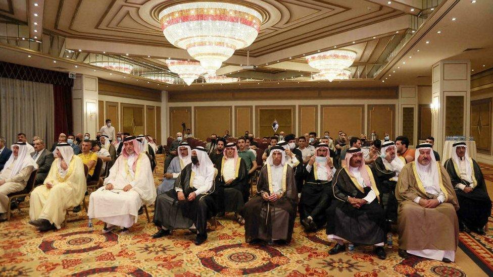 شخصيات عراقية في مؤتمر في كردستان العراق