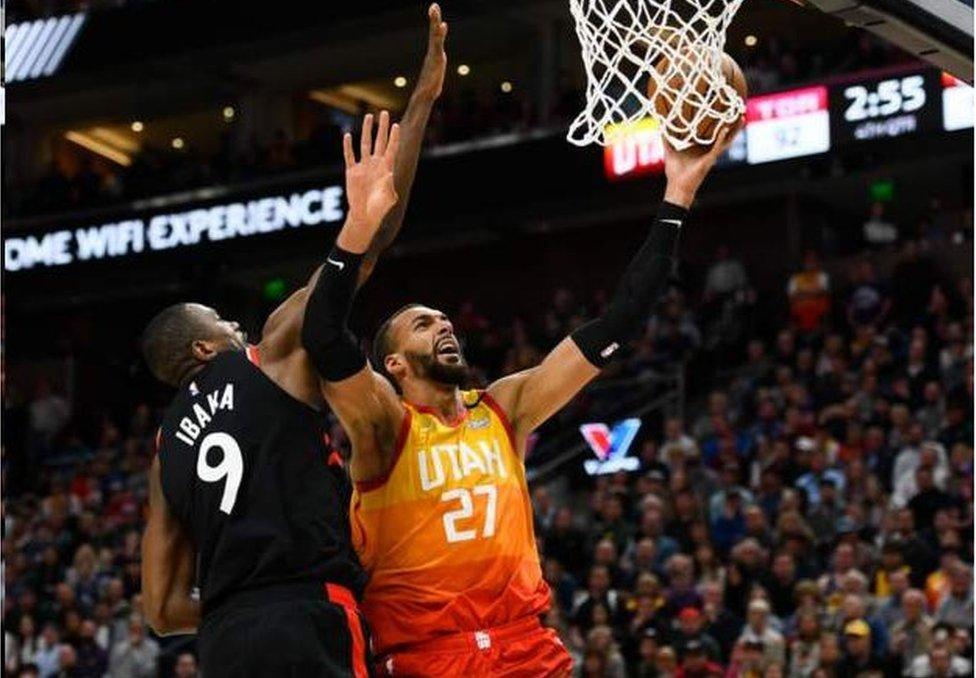 美國NBA目前賽事因為許多球員確診而全面停擺。