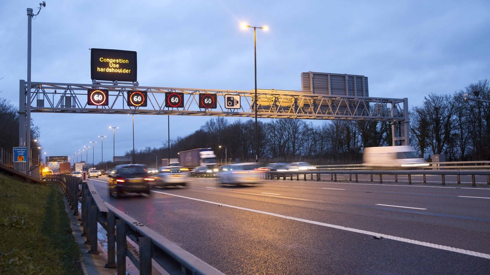 Gatwick Airport M23 links closed for roadworks