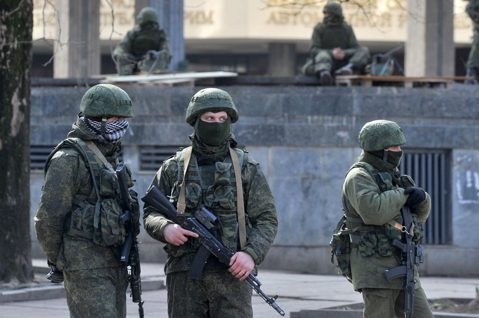 Pro-Russian troops in Crimea, 1 Mar 14