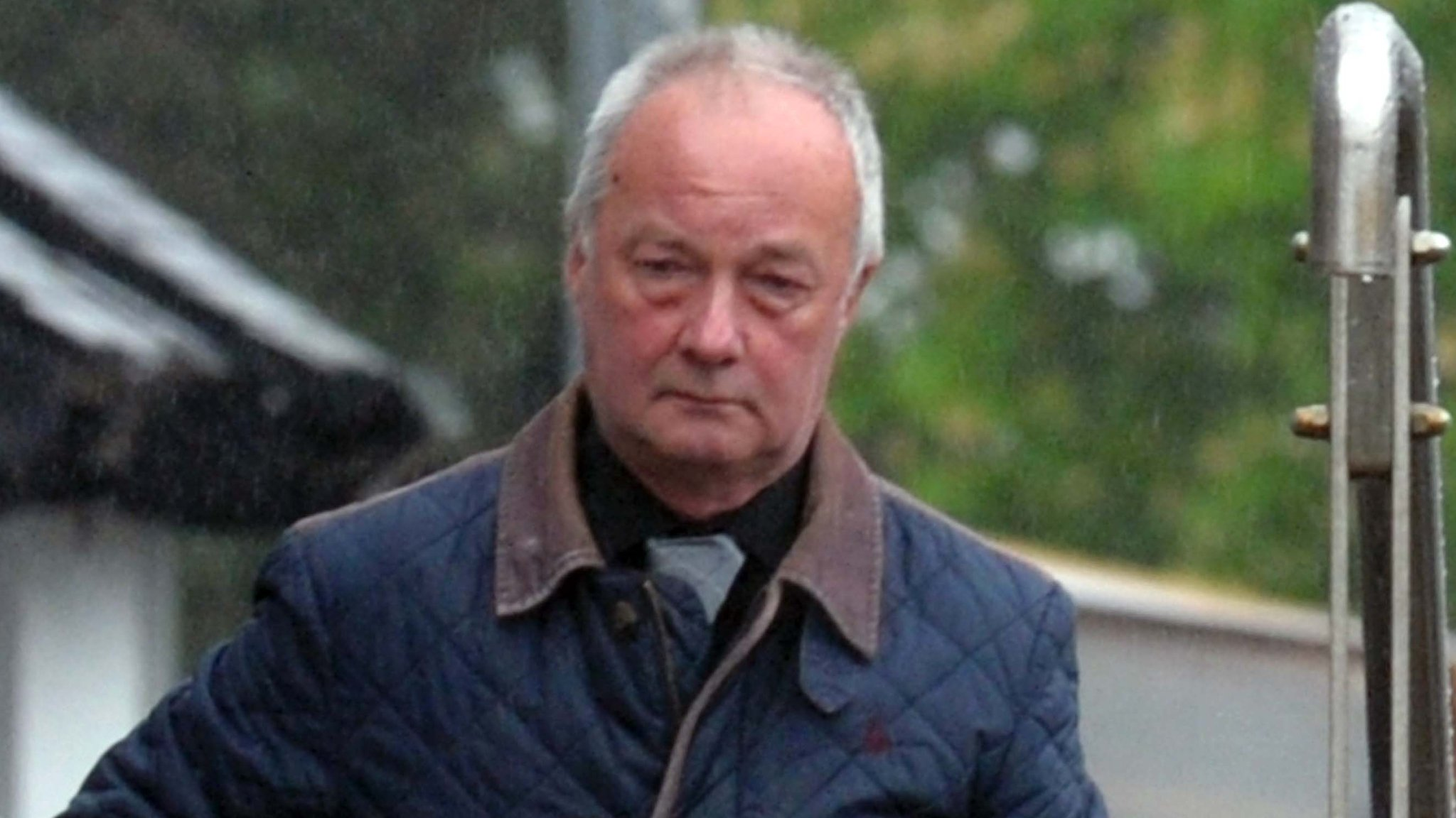 Abergwyngregyn solicitor jailed for pocketing wills