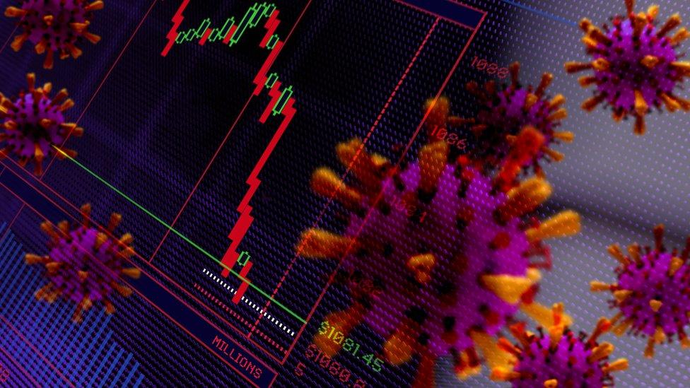 """""""Reino Unido ha salido relativamente mal parado en términos económicos y sanitarios durante la primera oleada de la pandemia"""", dicen los expertos."""
