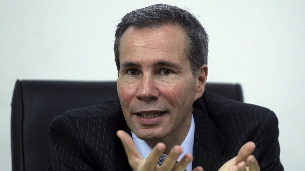 Argentine prosecutor Alberto Nisman, who is investigating the 1994 car-bomb attack on the AMIA Jewish community centre, speaks during a meeting with journalists at his office in Buenos Aires in this May 29, 2013