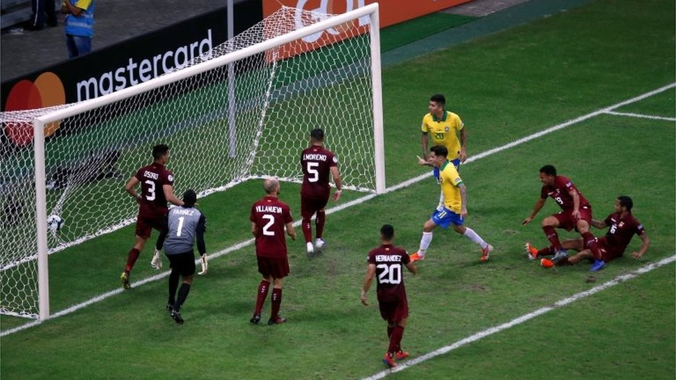 Un gol de Brasil ante Venezuela
