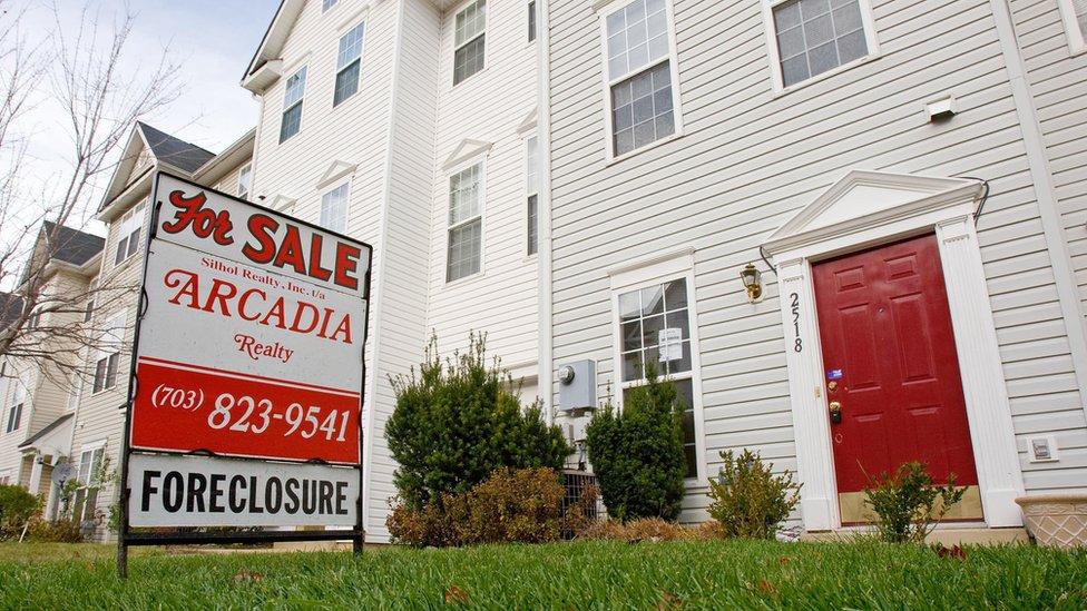 Una casa se pone a la venta después de una ejecución hipotecaria en el estado estadounidense de Virginia.