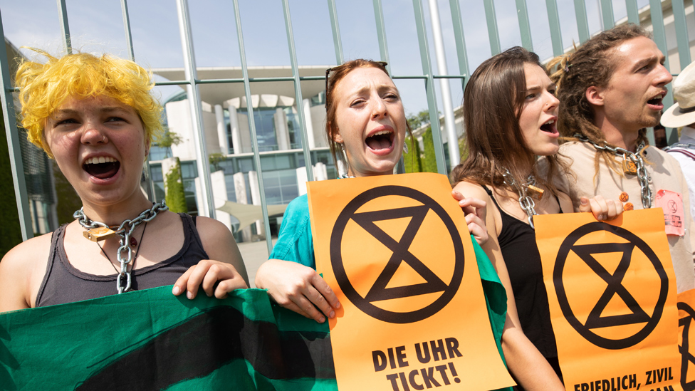 EU leaders face pressure to deliver on climate change