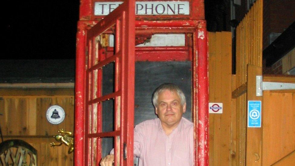 Steve Spill in phone box