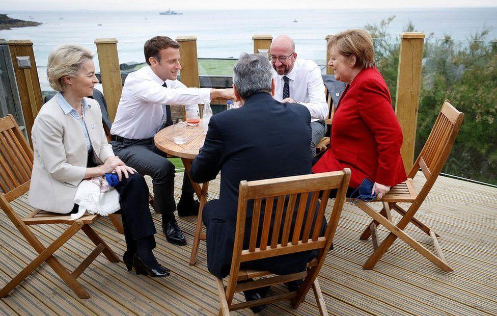 لقاء بعض الزعماء الأوروبيين