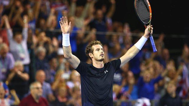 Andy Murray beats Bernard Tomic to put GB into final