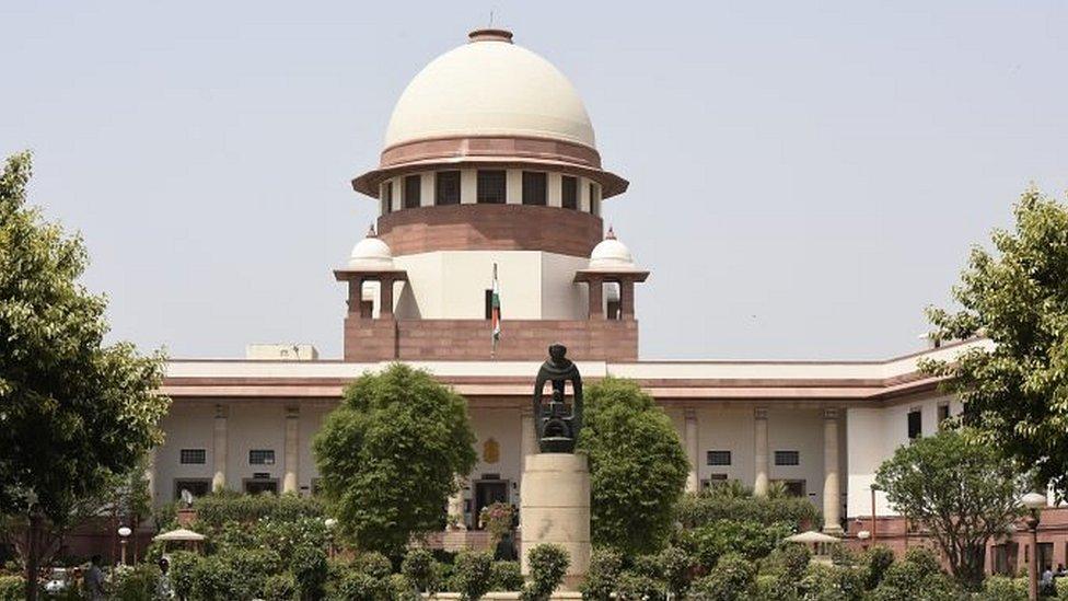 RTI के दायरे में होगा चीफ़ जस्टिस का ऑफ़िस: सुप्रीम कोर्ट