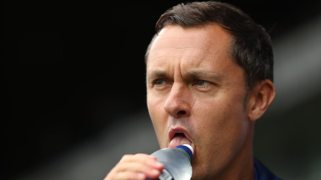 Ipswich Town 0-0 Bolton Wanderers: Tractor Boys held by 10-man Bolton