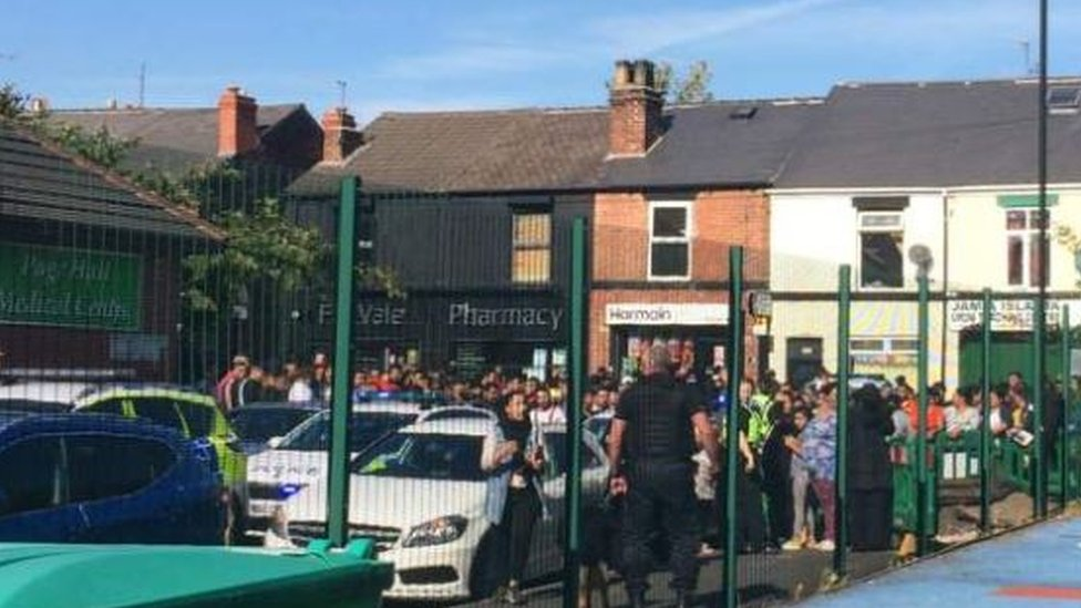 Sheffield Fir Vale school fight: Two injured and school closed