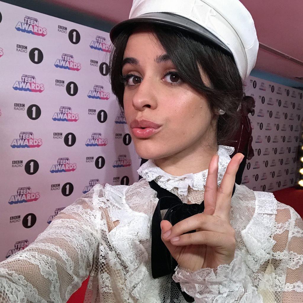 Selfie de Camila Cabello para la BBC.