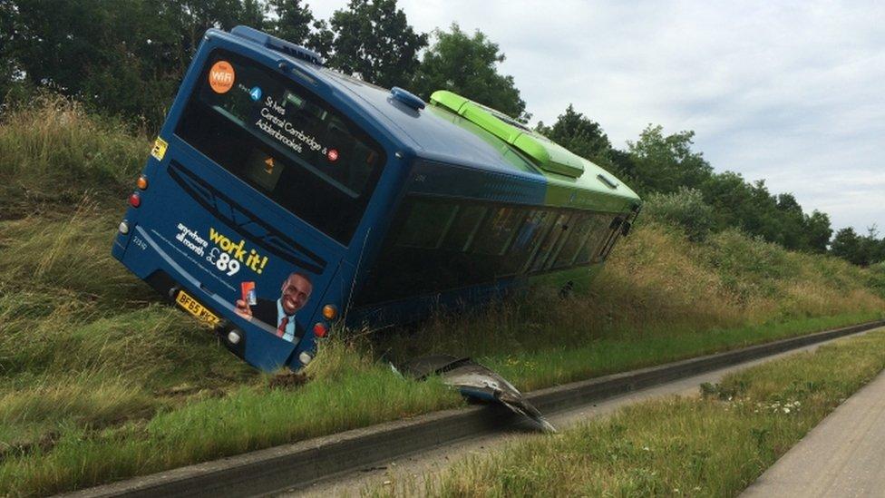 Image of the bus on the causeway