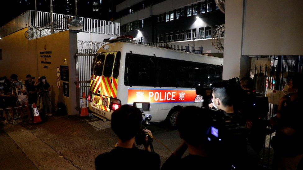 警方透露行動共拘捕四人,是首次經調查後就《國家安全法》作出行動。