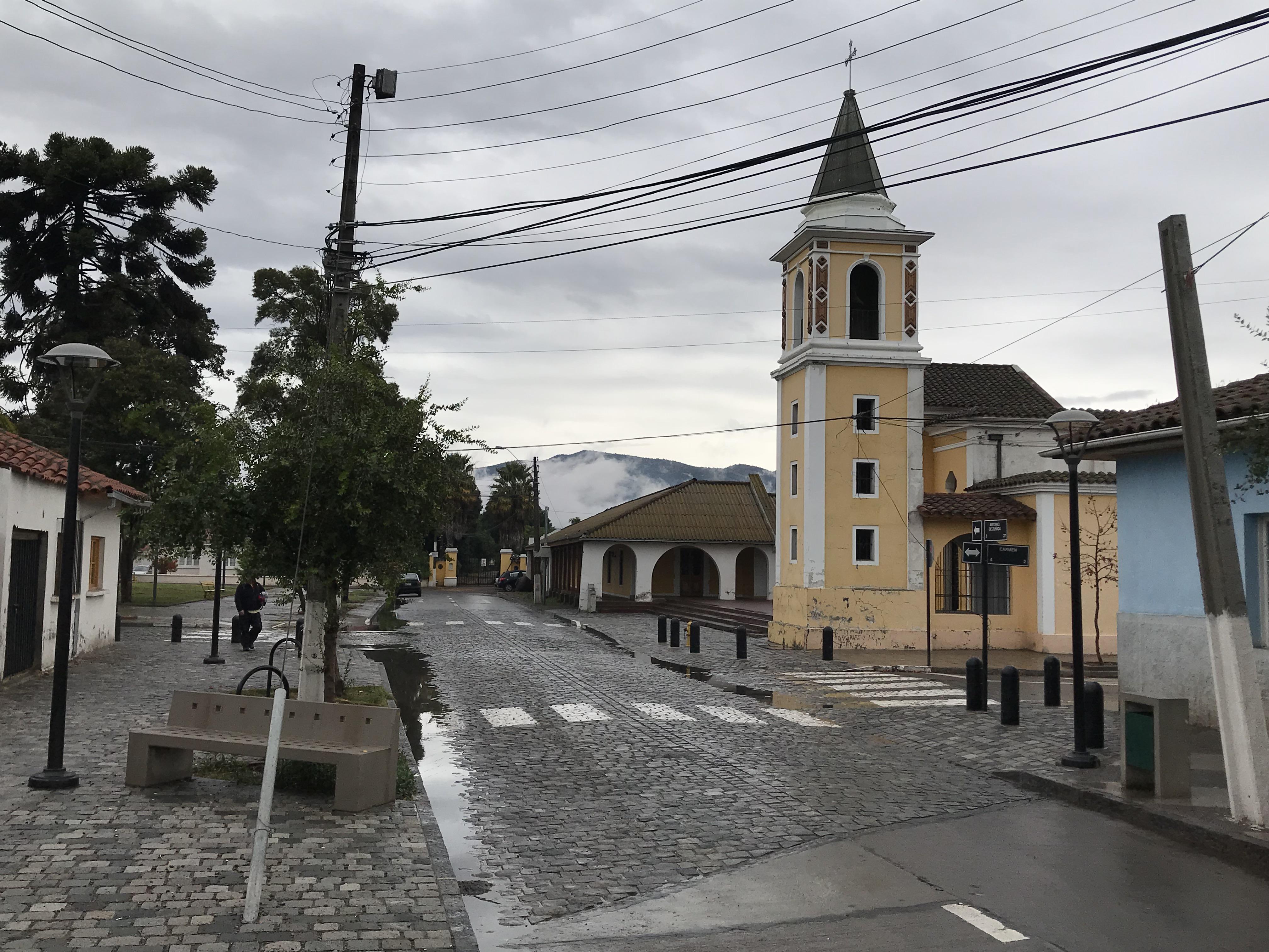 La iglesia de Peumo es una de las más antiguas de la zona.