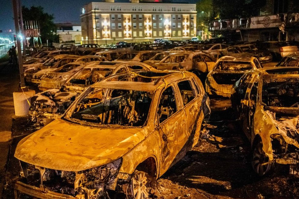 Cars were burnt by protesters in Kenosha, Wisconsin during angry clashes