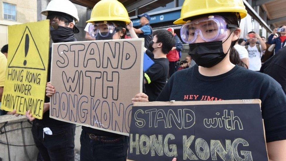 加拿大有幾十萬香港移民,當地多次有人舉辦聲援香港示威的行動。