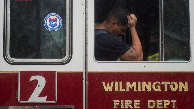 Bombero de Wilmington tomando un descanso.