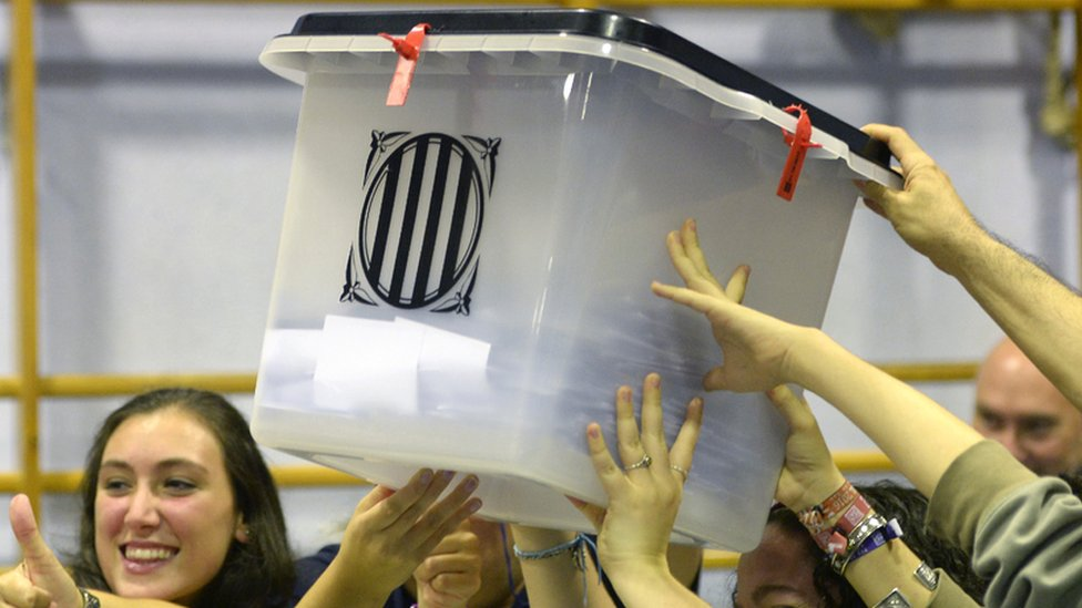 The French connection: How Catalonia got its ballot papers