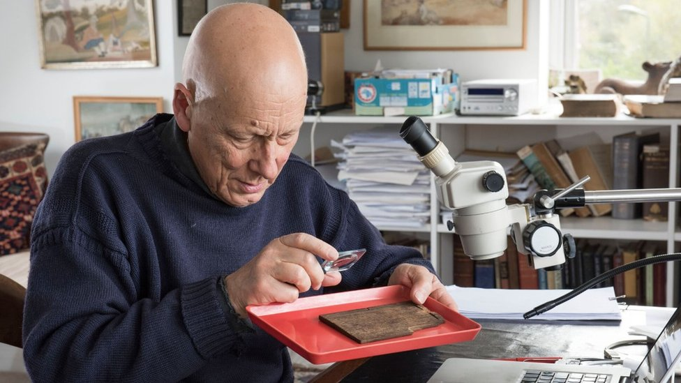 Roger Tomlin deciphers the Bloomberg tablets