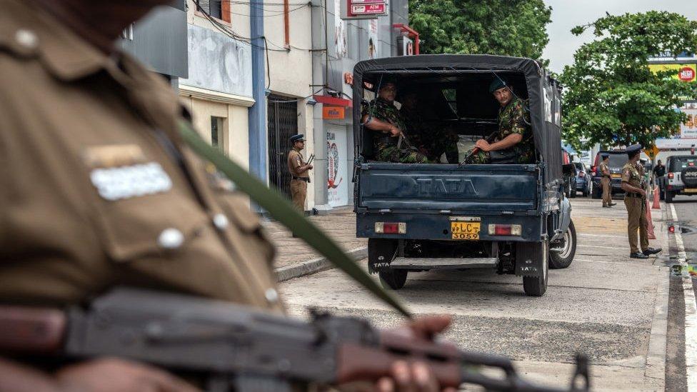 سريلانكا لاتزال على أهبة الاستعداد أمنيا إثر الهجمات الانتحارية