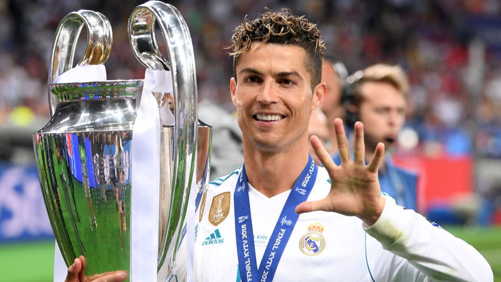 Ronaldo to 'give answer in days' on Real Madrid future