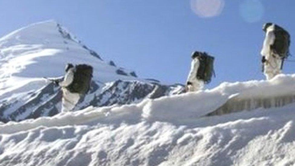 सियाचिन: हिमस्खलन से चार जवान समेत 6 की मौत