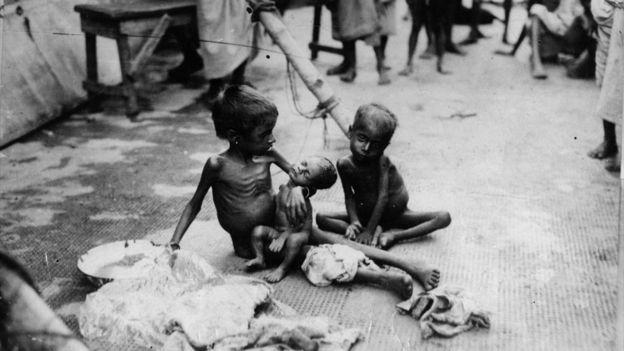 صور ضحايا المجاعة في الهند