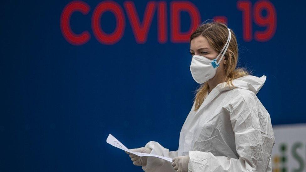 Коронавирус: ВОЗ заявляет, что ситуция в Европе хуже, чем в марте. В мире уже 30 млн заболевших
