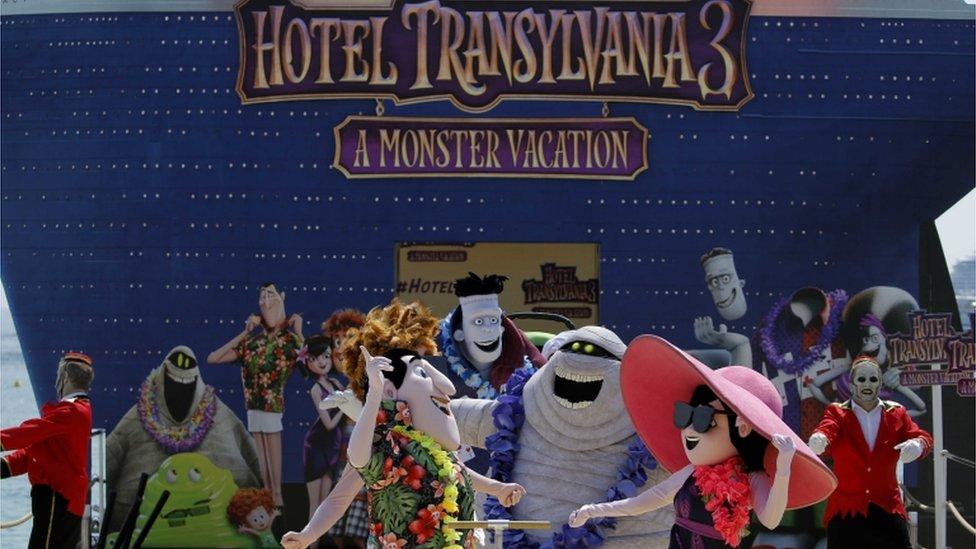 """حقق """"فندق ترانسلفانيا 3"""" 46.4 خارج الولايات المتحدة في عطلة نهاية الأسبوع"""