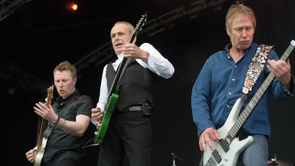 Status Quo gig postponed due to illness