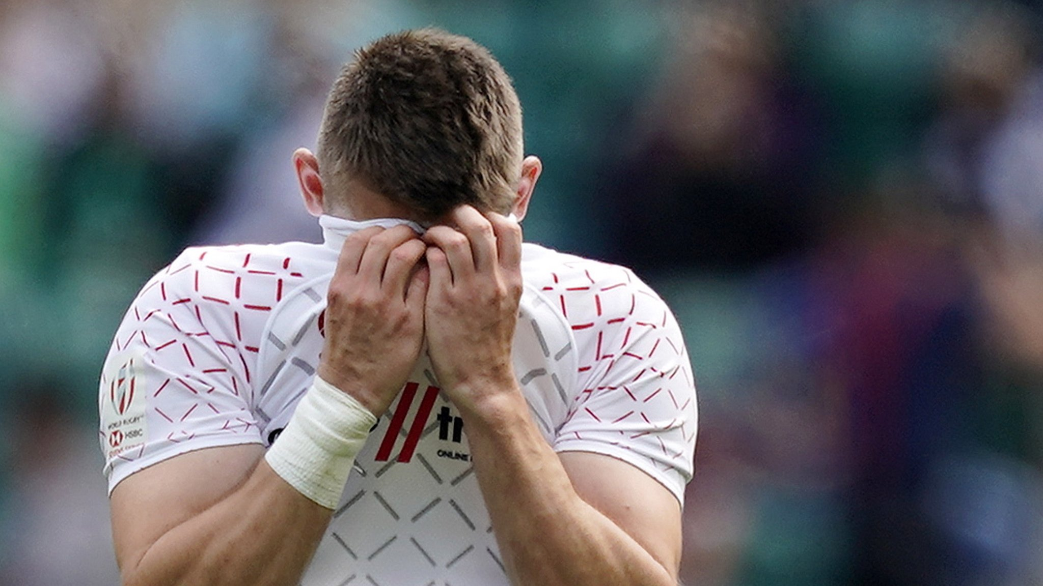 England Sevens denied quarter-final spot in London