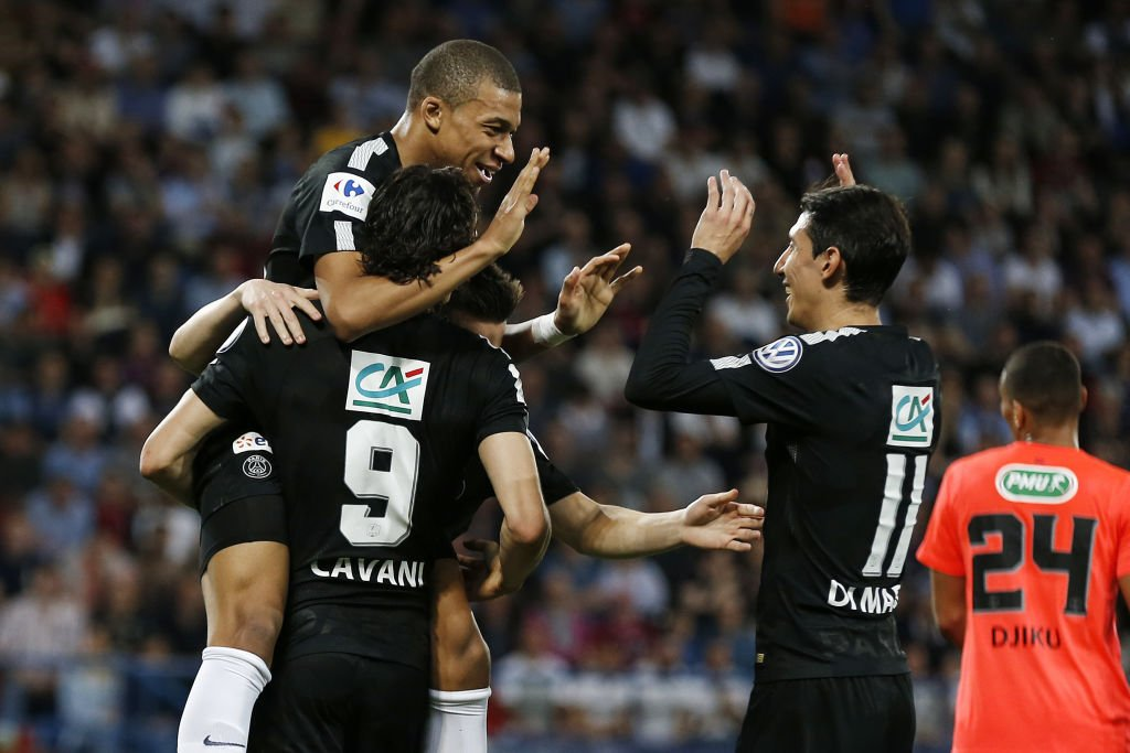 En la otra semifinal, el PSG derrotó al Caen gracias a la destacada actuación de Kylian Mbappé, el uruguayo Edinson Cavani y el argentino Ángel di María.