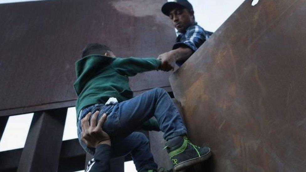 Migran anak amerika
