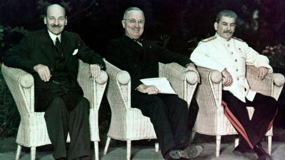 Klement Atli, Hari Truman i Josif Staljin sastali su se u Potsdamu posle okončanja rata u Evropi