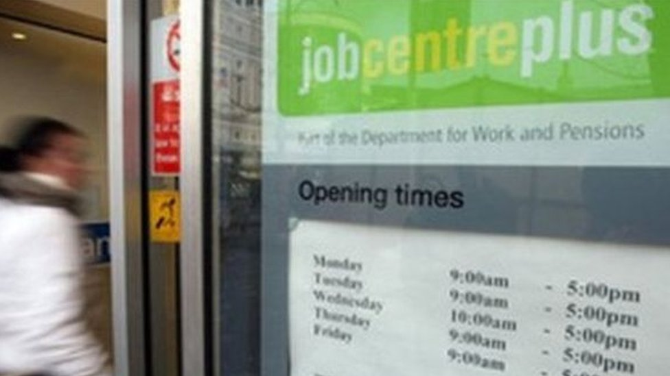 Unemployment in Scotland falls by 14,000 to 106,000