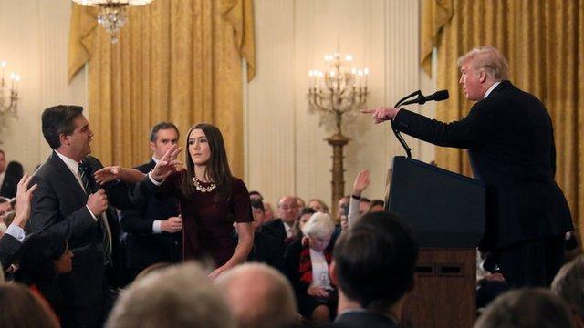 El tenso intercambio entre Trump y el reportero de CNN.