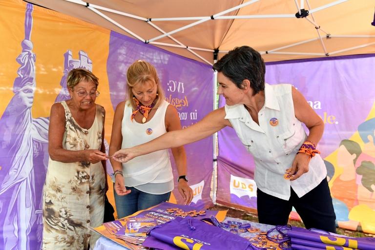 Referandum öncesinde kadın hakları grupları 'Evet' kampanyası düzenlemişti