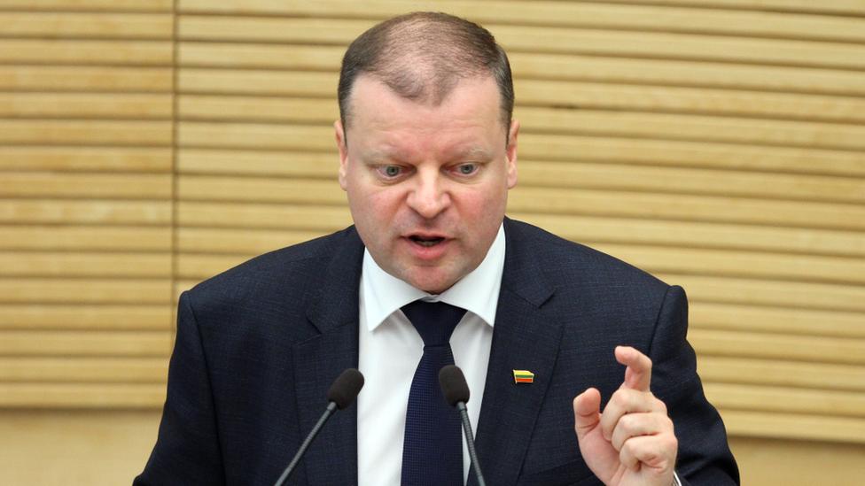 Lithuanian Prime Minister Saulius Skvernelis addresses parliament, December 2016