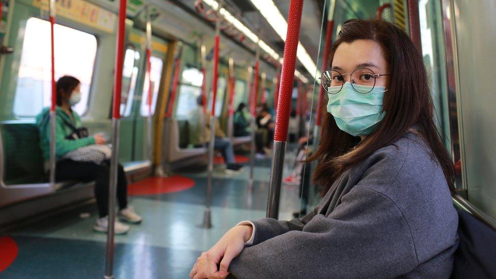 maskeli bir yolcu