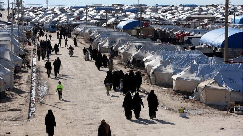 Kamp Al-Hol di timur laut Suriah